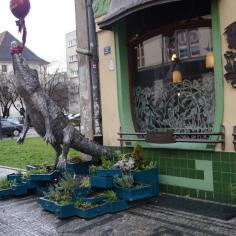 The Crocodile statue on the corner