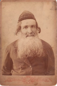 Pic 1 Hasidic Jew, old photo