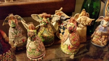 Angels with a Theme, 2