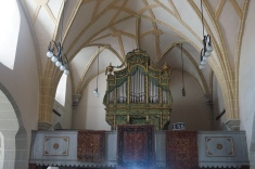 The Organ of Honigsberg Church and Anatolian Rugs