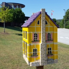Free Library designed as a house in the local style, Fayetteville, Arkansas