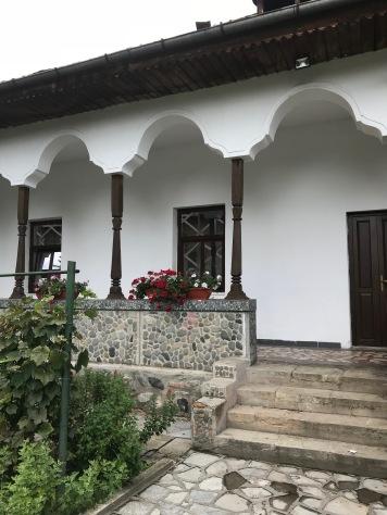 Vernacular and Byzantine influences, detail, Negru-Vodă Monastery, Câmpulung