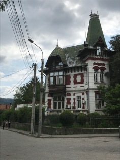 Villa displaying French and Central European vernacular influences, Câmpulung