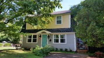 Wood House, Dutch Colonial Style, Washington Willow Sreet, Fayetteville, NW Arkansas