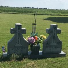 Slovak Catholic Cemetery, Stone graves 12