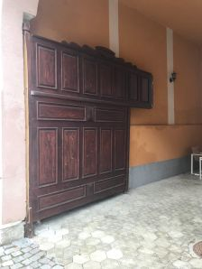 Gate in the main square of Rasnov, in the vicinity of the Evangelical Church