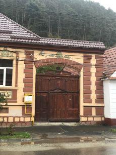 Gate on I.L.Caragiale Str, Rasnov