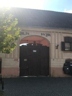 Gate on Republicii Str., Rasnov