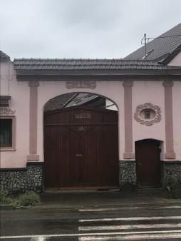 Ornamented gate on I.L.Caragiale Street, Rasnov