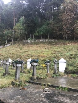 Symbolic crosses in the graveyard dedicated to the people of Rasnov who died in wars