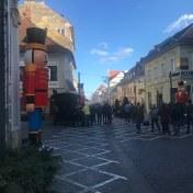 Nutcracker_on_Republicii_Street,_Brasov